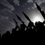 Vadászgépek temetési menetek, piacok, lakások ellen – Jemenben halomra ölik a civileket