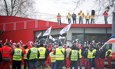 Egyhetes sztrájkot hirdetett az Audi szakszervezete
