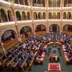 Nem megy el a Fidesz-KDNP az ápolási díjról és a devizahitelesekről szóló rendkívüli ülésre