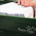 Próbaidős postás hajított el kézbesítetlen leveleket a soproni erdőszélen