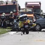 Fotó: kisgyermek is meghalt egy dégi balesetben