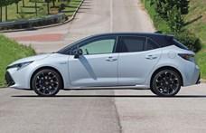 A Golf GTI babérjaira törhet a 300 lóerős Toyota GR Corolla