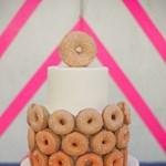 Szupercuki esküvői torta – fánkból!