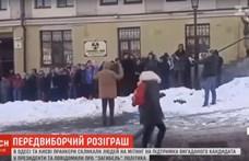 Tömeggyűlés tartottak Kijevben egy nem létező elnökjelölt mellett