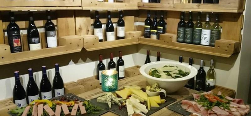 Szomszédolnak az osztrák borok