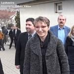 Orbán sárga csekken fizette be a büntetést, miután gyerekekkel kampányolt