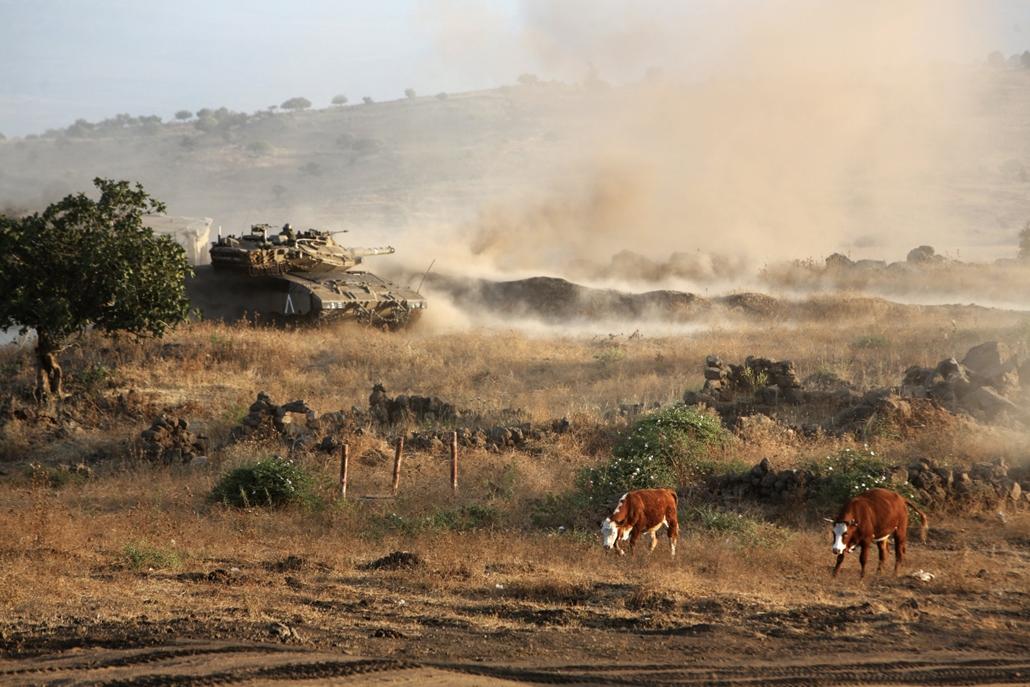 hét képei - 16.06.23. - Izrael: izraeli hadgyakorlat a Golán-fennsíkon a szíriai határ közelében.