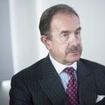 A népszabisok szerint Pecina fideszes módszerrel akarja befeketíteni a lapot