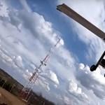 Videó: Óriási buli egy IKEA-székből távirányítású repülőt csinálni