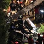 Lakóházakra zuhant egy katonai helikopter Isztambulban, négyen meghaltak