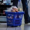 Kiskereskedelmi különadó: fizetni fognak a multik
