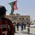 A felkelők behatoltak Kadhafi rezidenciájára