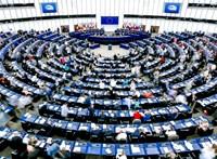 Friss mandátumbecslés az Európai Parlamenttől: A Momentum bejutna, az LMP nem