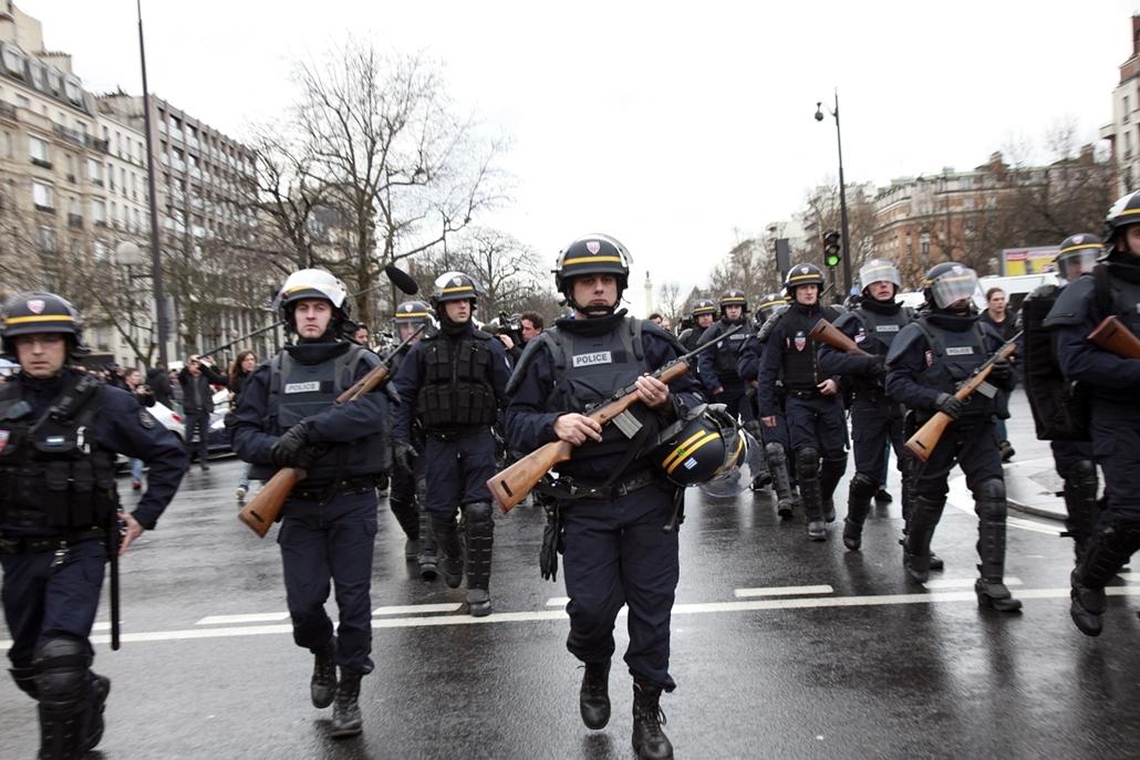 afp. kóser bolt,  Porte de Vincennes - lövöldözés Párizsban, Párizsi vérengzés, Charlie Hebdo, túszejtés, túszdráma, Dammartin-en-Goele, 2014.01.09.