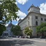 A Politikatörténeti Intézet pere: délután kapták meg az idézést aznap reggelre