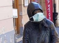Kati nénit is óvják Székesfehérváron