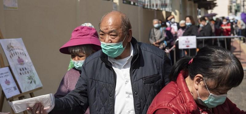 A házastársak ráuntak egymásra a kínai karantén idején