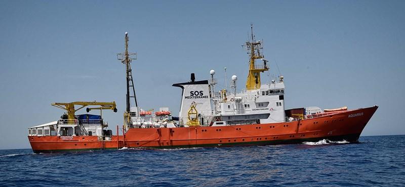 Ezt a menekülthajót viszont beengedi Olaszország