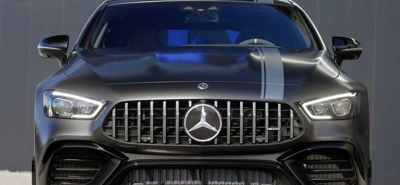 880 lóerős lett a legújabb 4 ajtós Mercedes-AMG GT