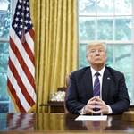 Trump az ellenzéki médiáról: Vissza kell hozni az őszinteséget az újságírásba!