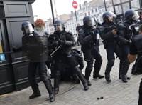 Könnygázt vetettek be a G7 elleni tüntetésen Bayonne-ban
