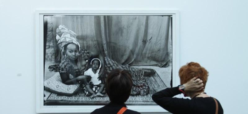 Milliót érő fotók a világ egyik legnevesebb vásárán