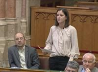 Szél Bernadett feljelentést tett a Mátrai Erőmű eladása miatt