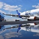 Itt az Airbus új óriásrepülője, kigurult a hangárból az első BelugaXL