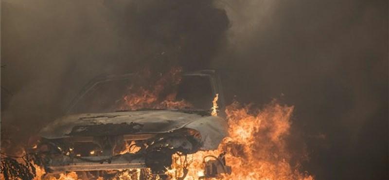 Lángba borult hegyoldal, félelmetes videók a kaliforniai erdőtűzről