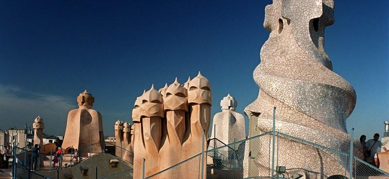 Barcelona besokallt, ez nem turizmus, hanem megszállás