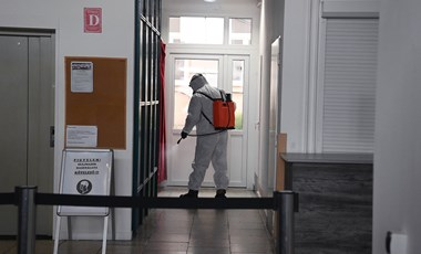 A TASZ szerint jogszerű az iskolai hiányzás igazolása a járványra hivatkozva