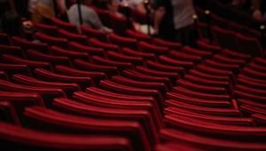 Így spórolhattok több ezer forintot a színházjegyeken