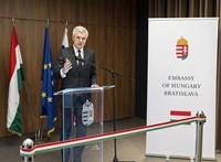 Szlovákia bekérette a pozsonyi magyar nagykövetet