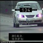 Ez ma nem tréfa: tényleg jobb, ha lassabban autózik