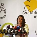 A kormány kimondta: 6810 tisztviselőnek kell távoznia