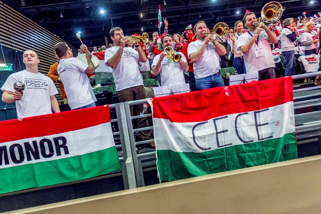 mti.17.01.24. Magyar szurkolók a Bocuse d'Or nemzetközi szakácsverseny lyoni világdöntőjén