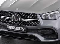354 lóerős lett a Mercedes dízelhibrid divatterepjárója