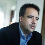 Török Gábor a kiakadó fideszes képviselőn élcelődik