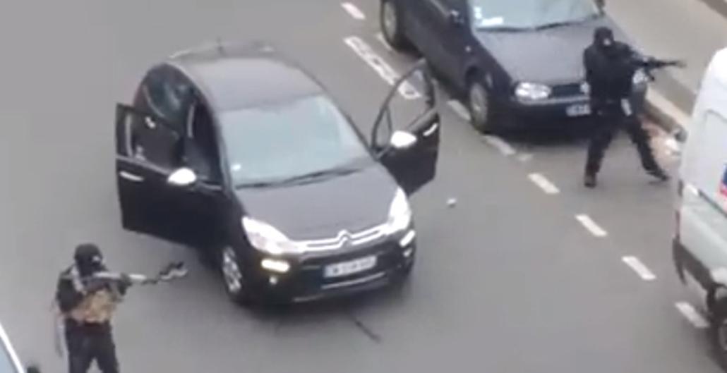 twit.15.01.07. - Párizs, Franciaország: lövöldözés a Charlie Hebdo szerkesztőségében - lövöldözés Párizsban - elkövetők