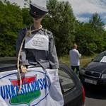 """""""Emeljék a rendvédelmi dolgozók fizetését"""" - az LMP felháborodott"""