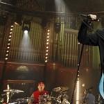 Már jobban van a Red Hot Chili Peppers kórházba szállított énekese