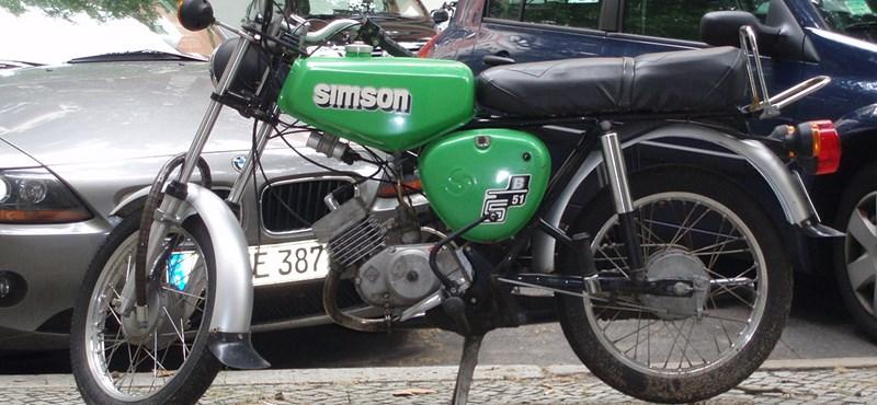 Magyar cégek sora él meg a Simson motorok kultuszából