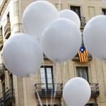 Madridban és Barcelonában is ezrek követelték, hogy lépjenek már végre a politikusok