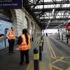 Két férfit keres a rendőrség, gázsprayt fújtak a londoni metrón