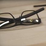 Egy sima szemüvegnek tűnik, de ha felveszi, csak ámul majd