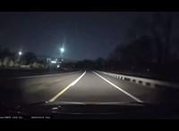 Igazi fényparádét csinált egy suhanó tűzgömb Amerikában – látványos videó