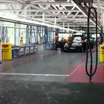 Így működik a világ talán legnagyobb autómosó-komplexuma - videó