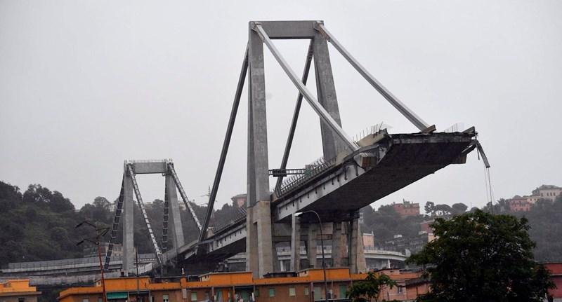 Szükségállapotot vezettek be a genovai híd leomlása után
