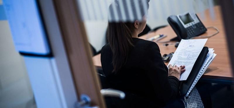 Nagyon sok diák vállal munkát, több mint 180 ezren dolgoznak