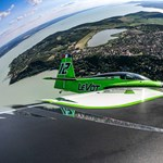 Ilyennek látja a Balatont egy versenypilóta – fotók